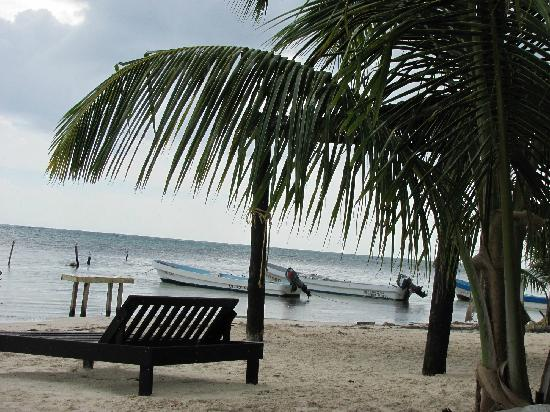 Luna de Plata . Hotel: beach