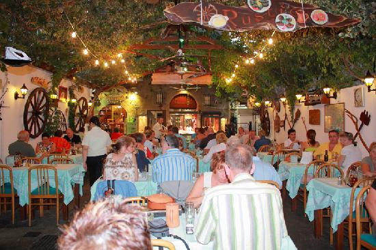 Rustico Taverna: Inside Rustico