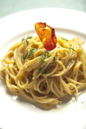 Caffe Milano : homemade spaghetti