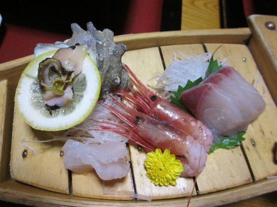 Yoshidaya: Fresh seafood appetizers
