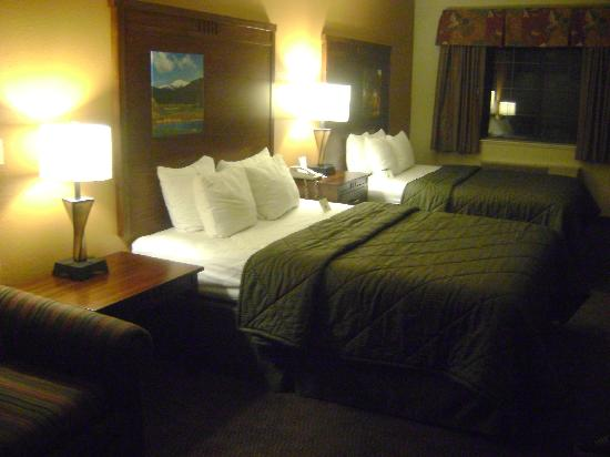 Comfort Inn - Midtown: two queen beds