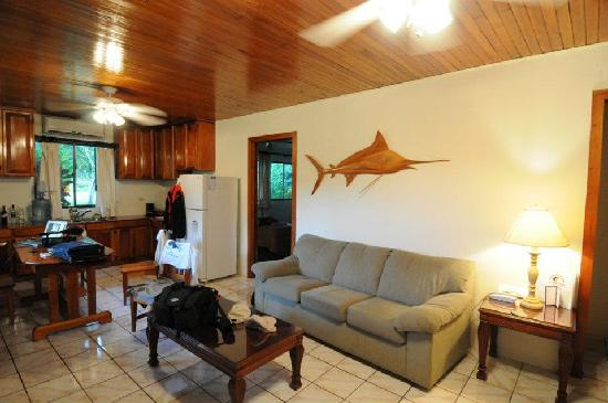 Crocodile Bay Resort: room