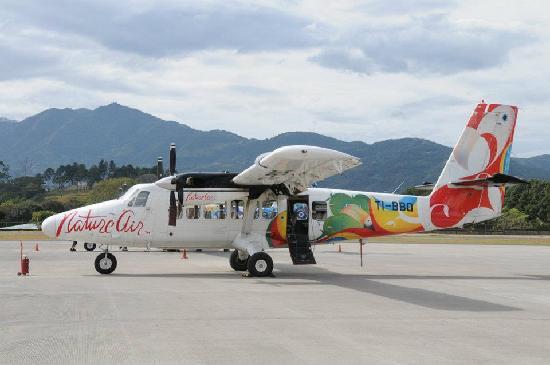 Crocodile Bay Resort - An All-Inclusive Resort: natureair plane