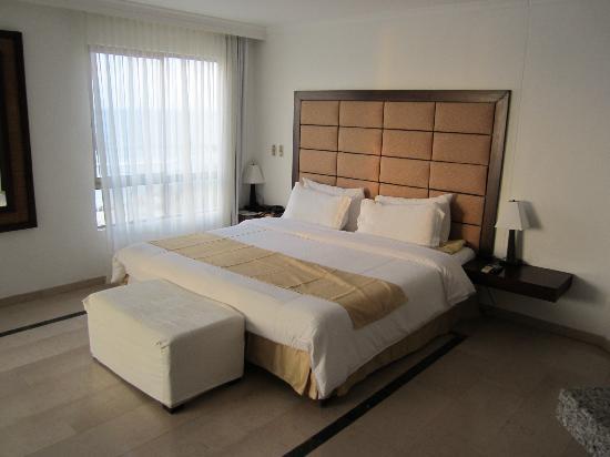 Hotel Regatta Cartagena: Habitación