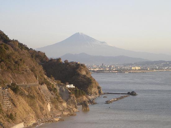 Yaizu, Japan: 部屋から眺める富士山