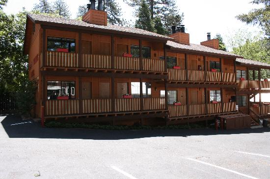 Sleepy Hollow Cabins and Hotel : Hotel