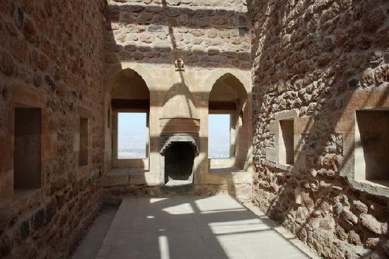 Ishak Pasa Palace : one of the chamber