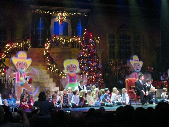 alabama theater part of show with gingerbread cookies and children from the audience - Alabama Theater Christmas Show