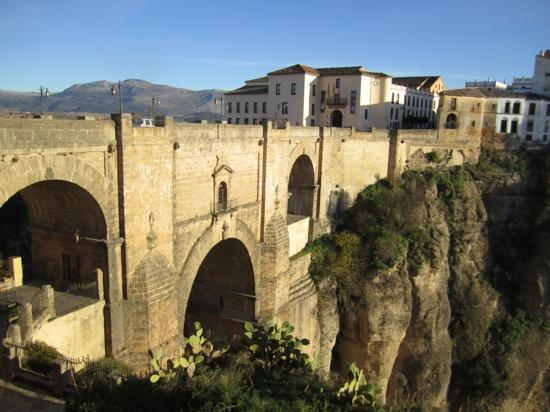 Hotel Ronda: the famous bridge