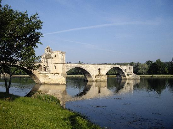 Pont Saint-Bénézet (Pont d'Avignon) : サン ベネゼ橋