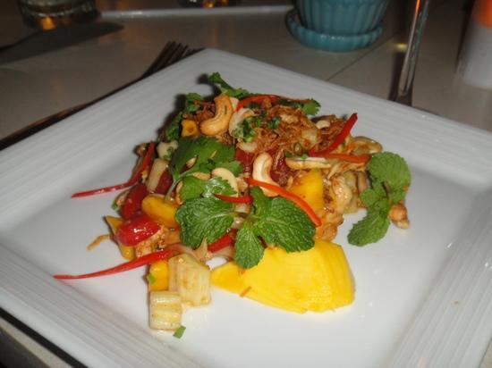 Rock Fish: salade mangue
