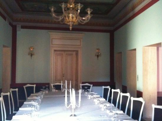 Palazzo Mastroddi: uno scorcio del salone ristorante