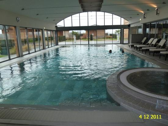 THE INDOOR SWIMMING POOL, 28 DEGRES CELSIUS. - Picture of ...