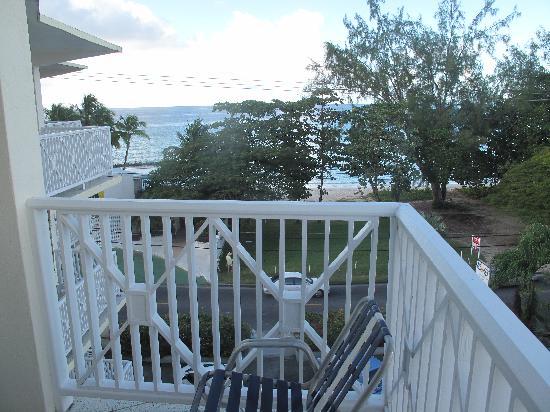 Southern Surf Beach Apartments: Balcony
