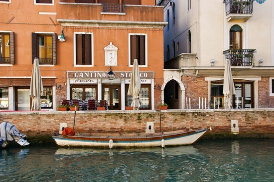 Ristorante Cantinone Storico : Taken from the other side of the canal