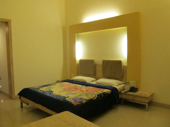 Kumar Resort & Water Park: Room