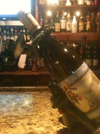 The Frogtown Inn & 6 Acres Restaurant: frog wine