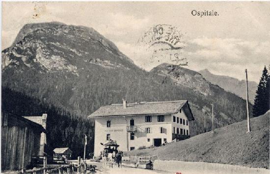Ristorante Ospitale: La giardiniera di servizio Cortina-Dobbiaco in partenza da Ospitale. Foto risalente probabilment
