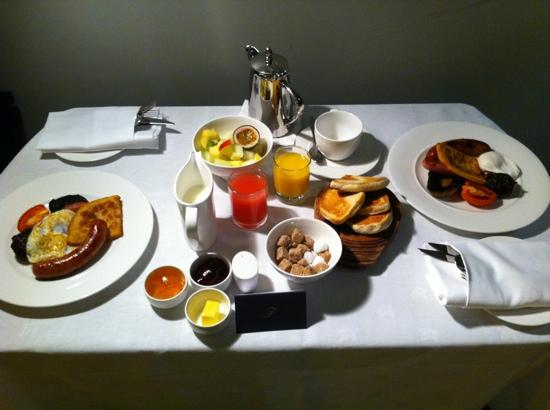 The Fitzwilliam Hotel Belfast: breakfast (room service)