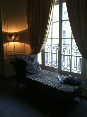 Champs Elysees Plaza Hotel: zona relax
