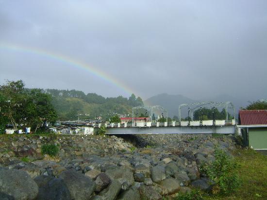 El Oasis Hotel & Restaurant: Boquete Panama Rainbow