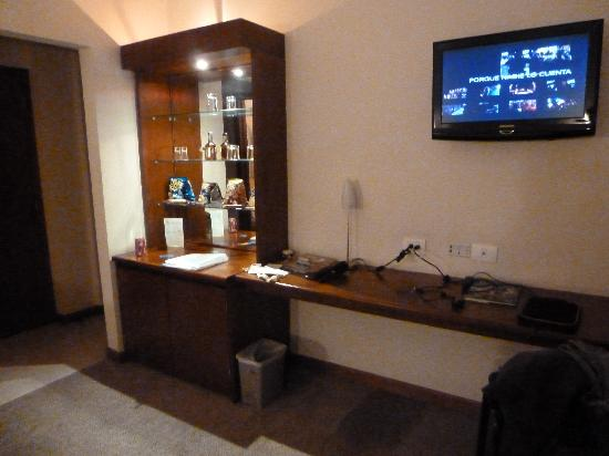 Teusaquillo boutique hotel bogot colombia opiniones - Mesa para tele ...