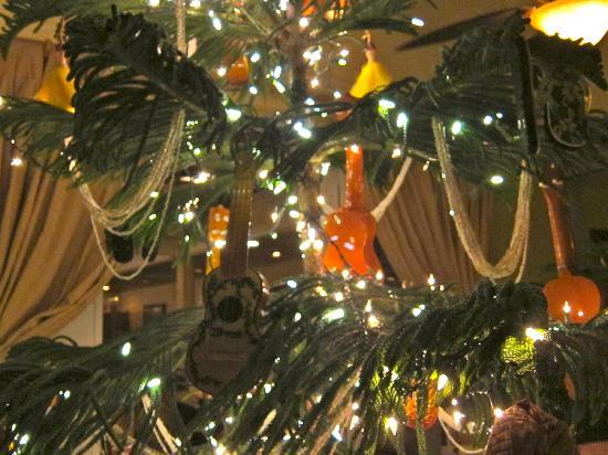 A Hawaiian Christmas Tree Picture Of Hukilau Lanai Kapaa