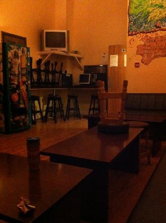 写真Bru Bar and Hostel枚