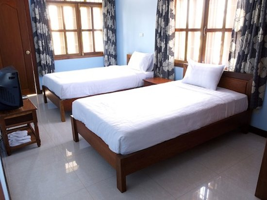 ‪‪Siem Reap Rooms Guesthouse‬: Deluxe Twin Room with Balcony‬