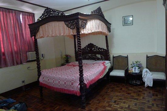 Cordillera Inn