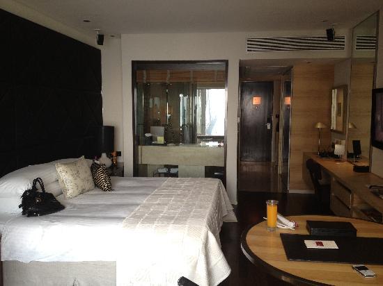Taj Mumbai Club Room