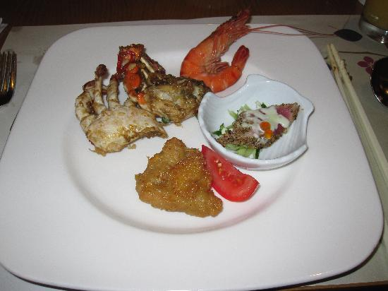 Hotel Royal Chiao Hsi: Dinner Buffet - Part 3