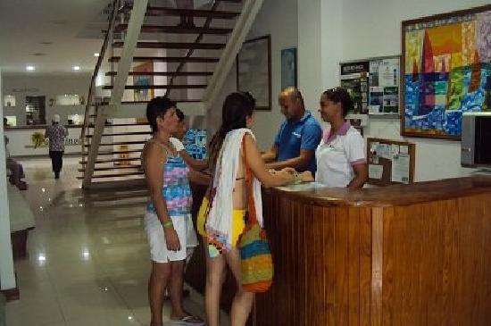 Hotel Portofino: Aqui nos ofrecen los planes de la isla