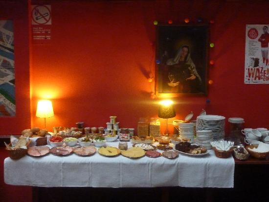 Bed & Breakfast Kolory: Frühstücksbüffet