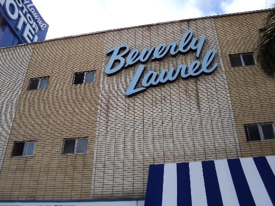 Beverly Laurel Motor Hotel: Exterior View