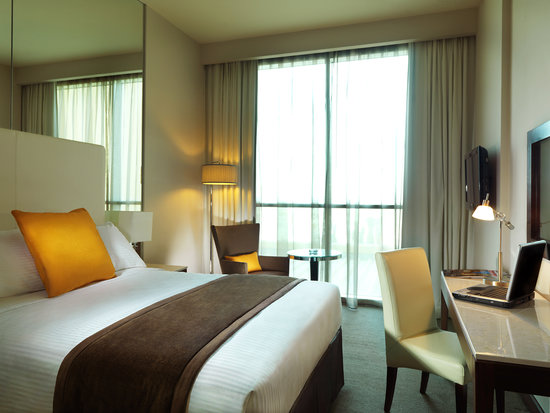 Centro Yas Island Abu Dhabi by Rotana: Classic Room - Queen Bed