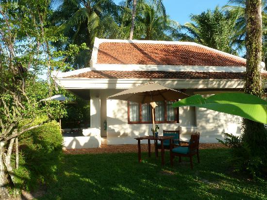 Santiburi Beach Resort & Spa : River Villa