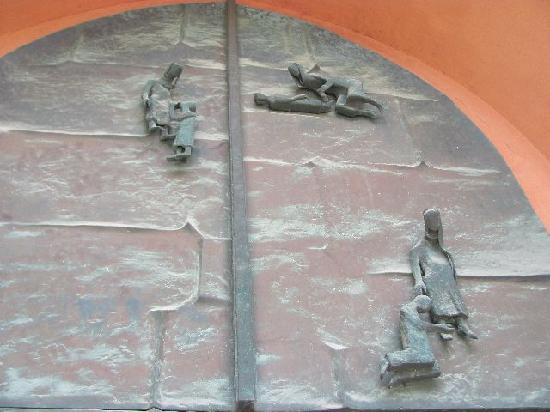 St. Johannis: detail door