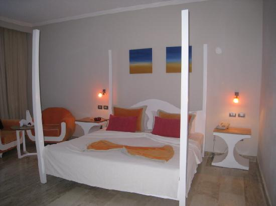 Cofresi Palm Beach & Spa Resort: Another room shot