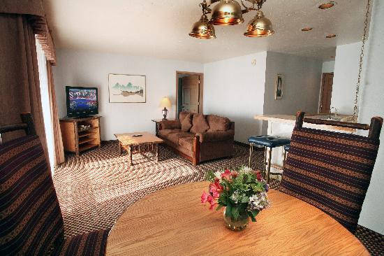 Lakeside Inn and Casino: Large suites are available.