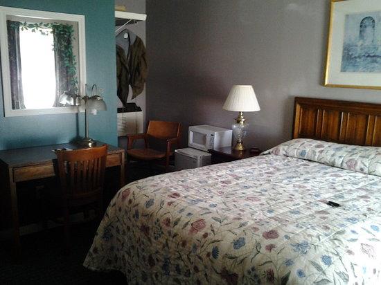 Keystone Lake Motel: Non-smoking Queen room #3