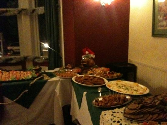 Brig-y-Don Hotel: Christmas buffet and it was  excellent