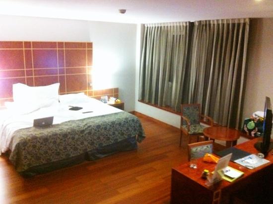 新凱賴諾德阿拉貢酒店照片