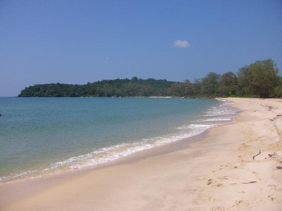 Adventure Charters Cambodia Day Trips: The beautiful beach