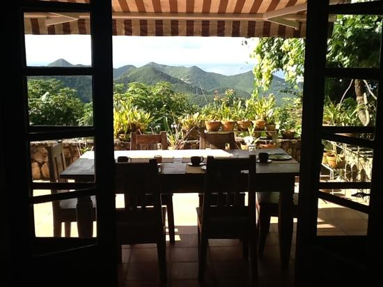 Villa Rainbow: A great place for breakfast!
