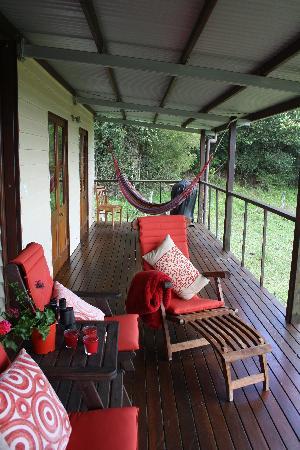 Half Moon Hide-Away: Wonderful verandah