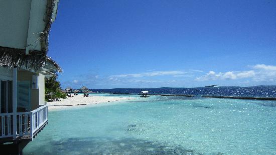 Ellaidhoo Maldives by Cinnamon: Vue depuis le water bungalow 403