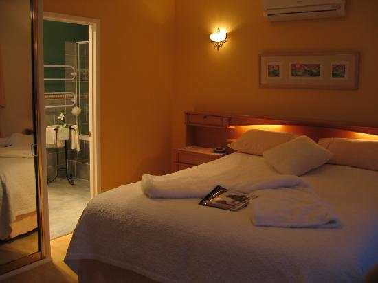Villa della Rosa: King beds and spa ensuites