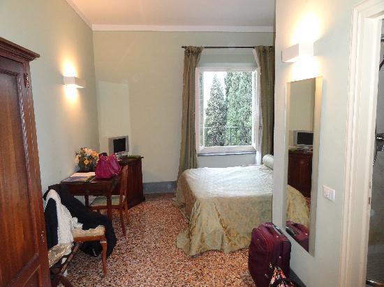 Villa Miralunga: The Room_1