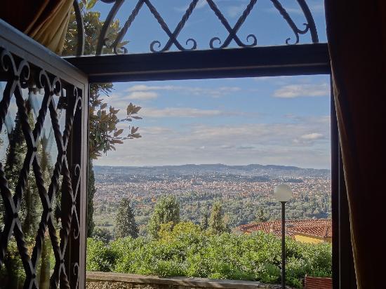 Villa Miralunga: View_2